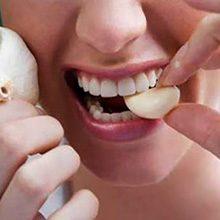 Лечение чесноком целиком (не жуя): эффективность и применение