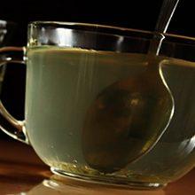 Мед и медовая вода от глистов и паразитов: полезные свойства и как применять