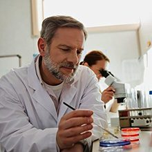 Врач паразитолог: кто это и как он работает